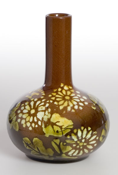 Style And Design Art Studio Pottery Vase Brown Linthorpe Or Henry F Hammond Farnham Arts And Crafts