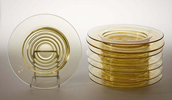 Stuart Stratford rings glass plates